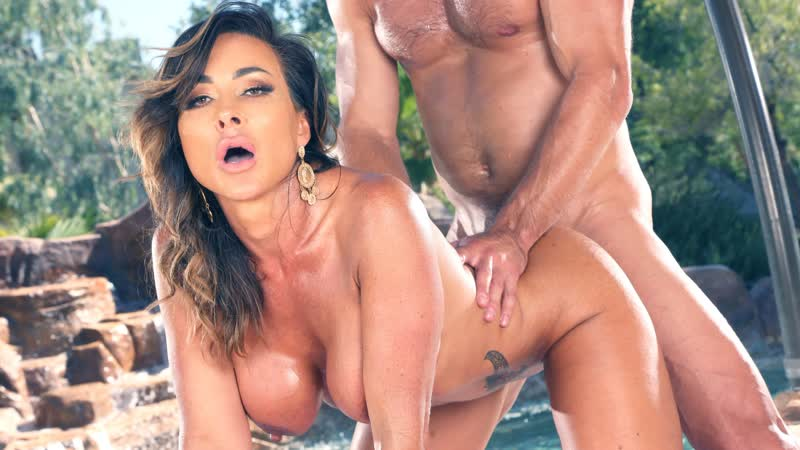 Aubrey Black - Gets Both Her Holes Filled By The Pool (Anal, MILG, Big Tits, Hardcore, Gonzo, Blowjob, Brunette)