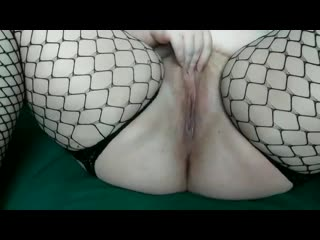 Fat hairy pussy spanks