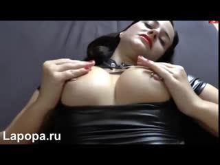 Пришел в гости к озабоченной нимфоманке (секс порно домашнее порево трахает попка сиськи) 18+