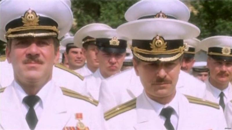 Прощание Славянки Янычар прощается с укропами Эпизод фильма 72 метра 2004 год