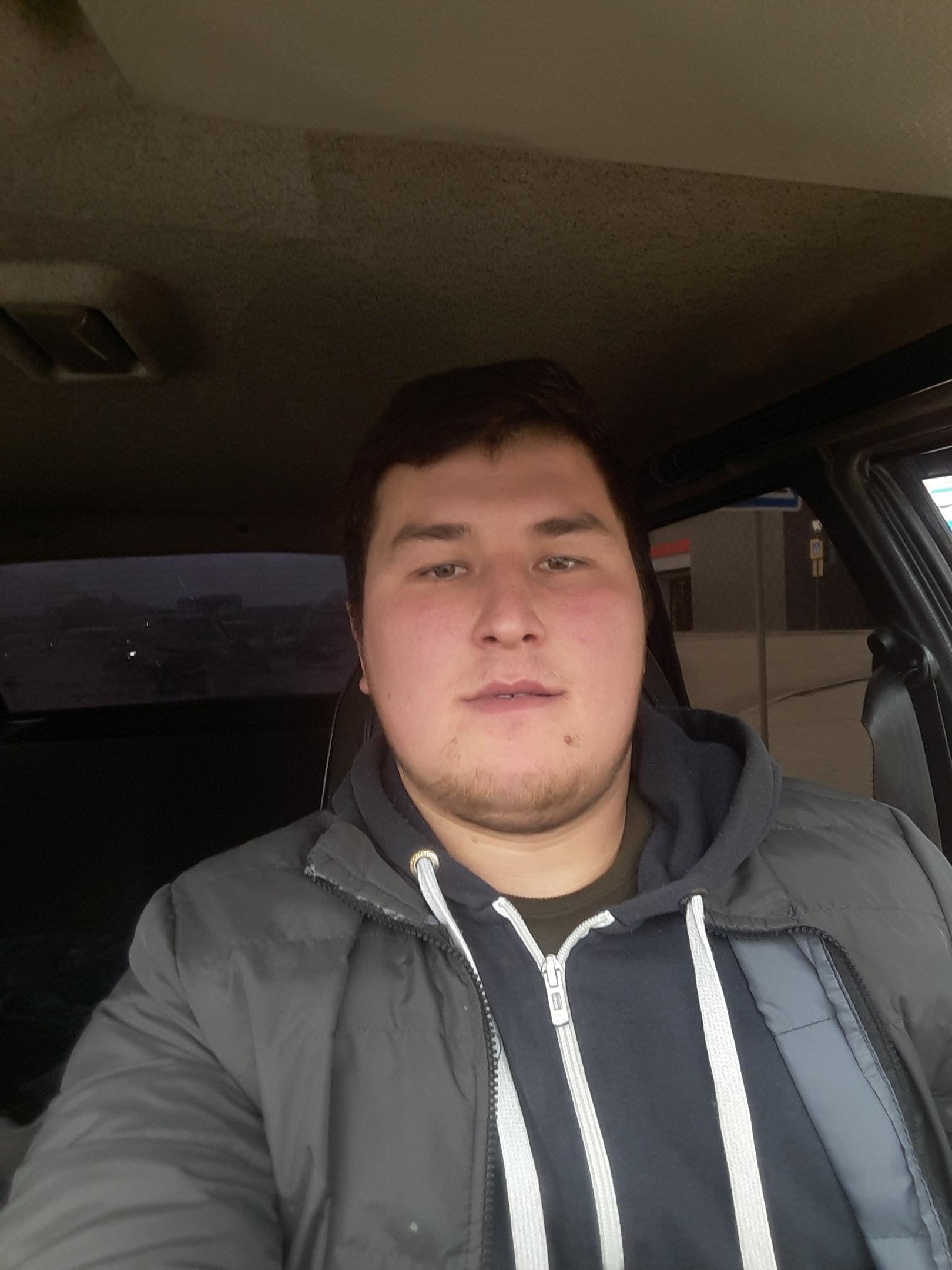 Талиб, 21, Kushnarenkovo