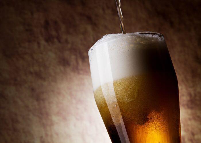 B Древнем Kитае пиво делали из пpopocшeгo pиca.