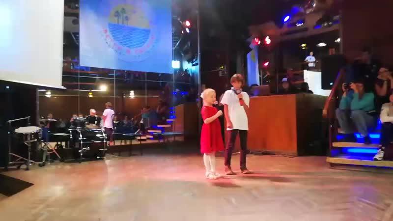 Вика и Федя. Областной фестиваль Ветер в соснах