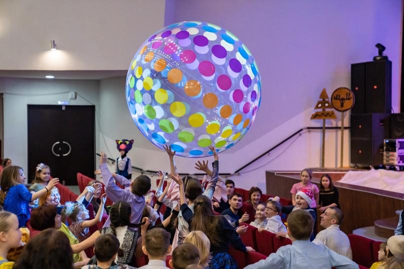 Новогоднее шоу на радость маленьким ухтинцам, изображение №6