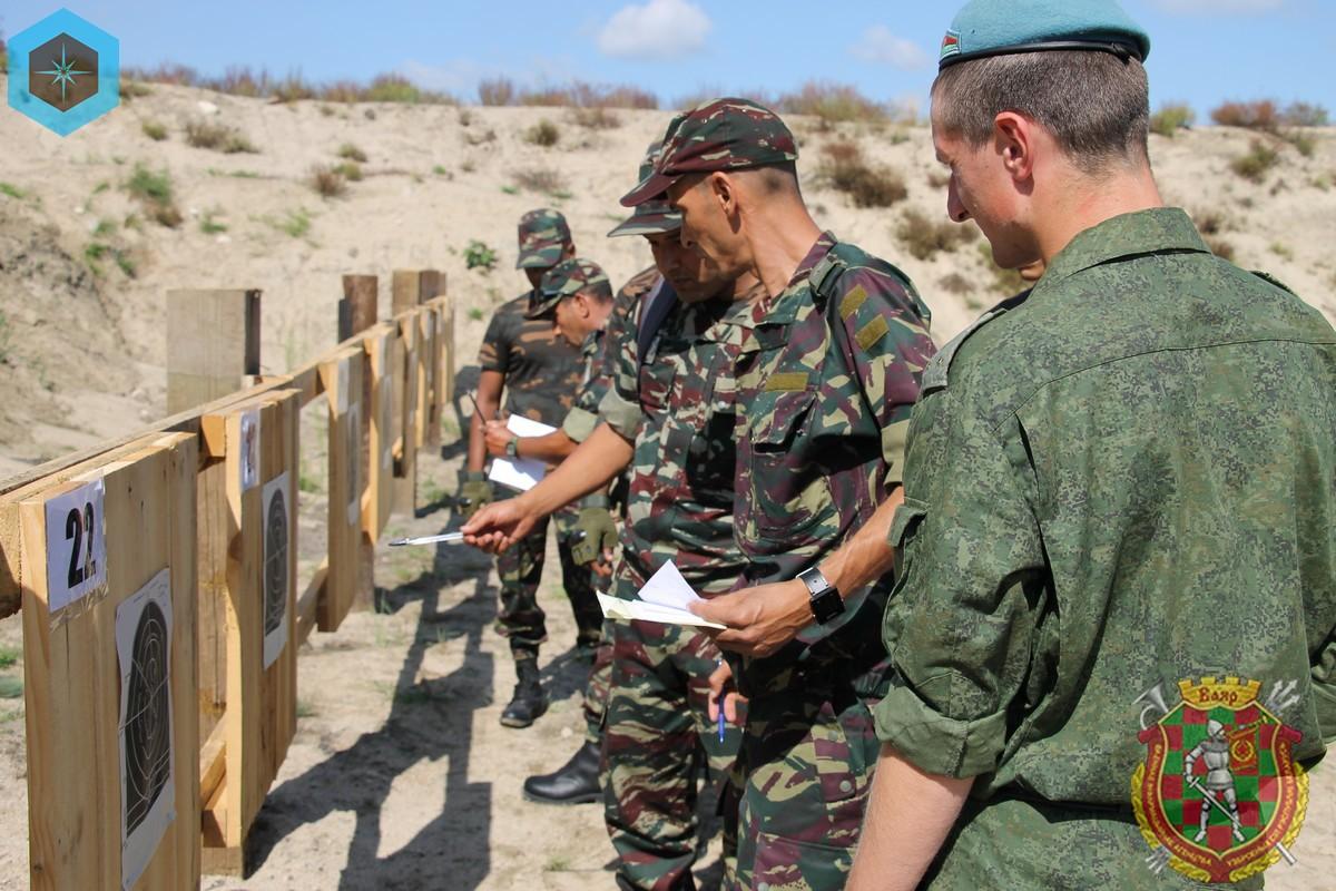 Photos de nos soldats et des Bases Marocaines - Page 7 ZgnDBmCxyMY