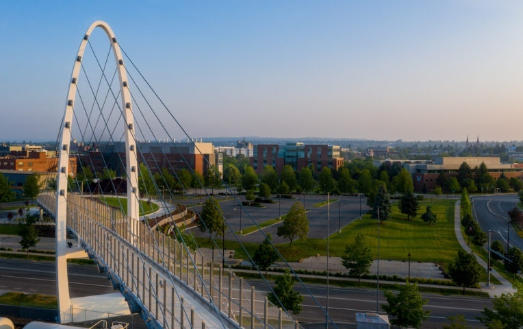 В штате Вашингтон появились два новых моста по проекту LMN Architects