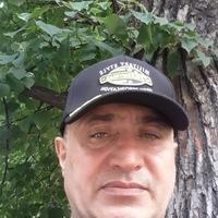 Розик Хуросониев