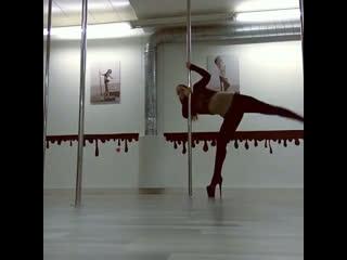 Корни pole dance