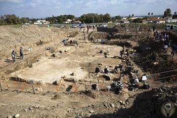 В Израиле нашли огромный древний город. Там жил библейский гигант Голиаф