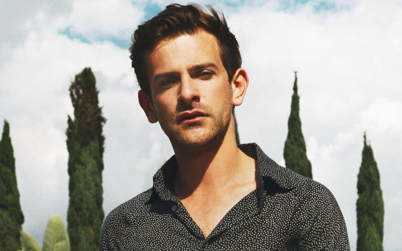 Josef Salvat ''Alone''