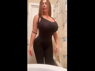 Busty Tanya (big tits, boobs, curvy, russian, huge, lips, smile, plussize, bimbo, sexy, milf, большие сиськи)