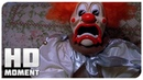 На Рэя напал клоун - Очень страшное кино 2 2001 - Момент из фильма