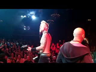 Metallica - Seek & Destroy (On Stage With Metallica! Jeff Duncan (DC4, Armored Saint)) (2011)