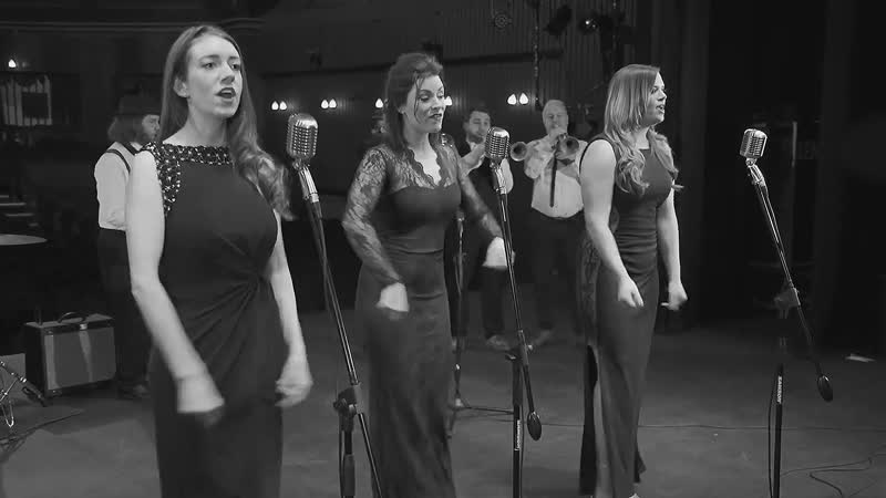 Royals - Lorde - Vintage_Swing Cover by Flash Mob Jazz ft Lady Armstrong