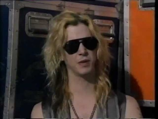 Guns 'n' Roses - Interview with Duff McKagan on Rapido