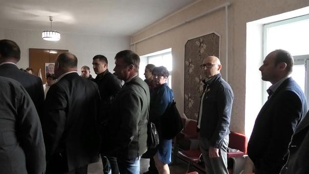 Скандальный глава Нижнегорского районного совета Петров еще раз доказал, что ни Аксенов, ни Константинов для него не указ!