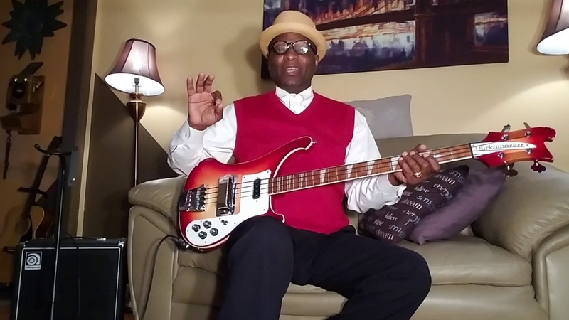 Rickenbacker FUNKY THUMPING Bass demo