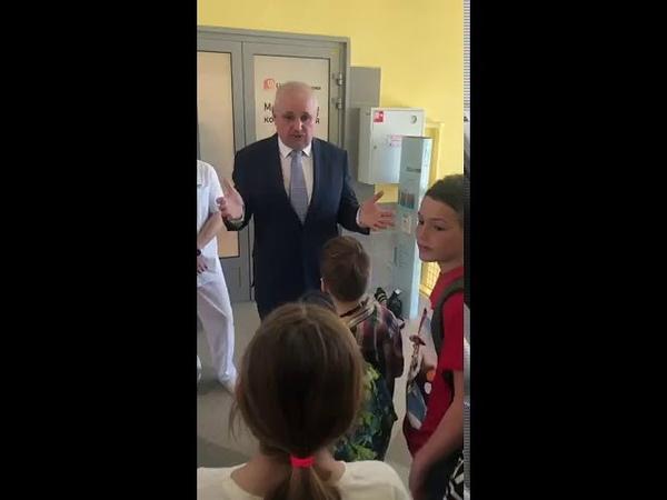 Сергей Цивилев пообещал маленьким спортсменам не сносить «Лазурный»