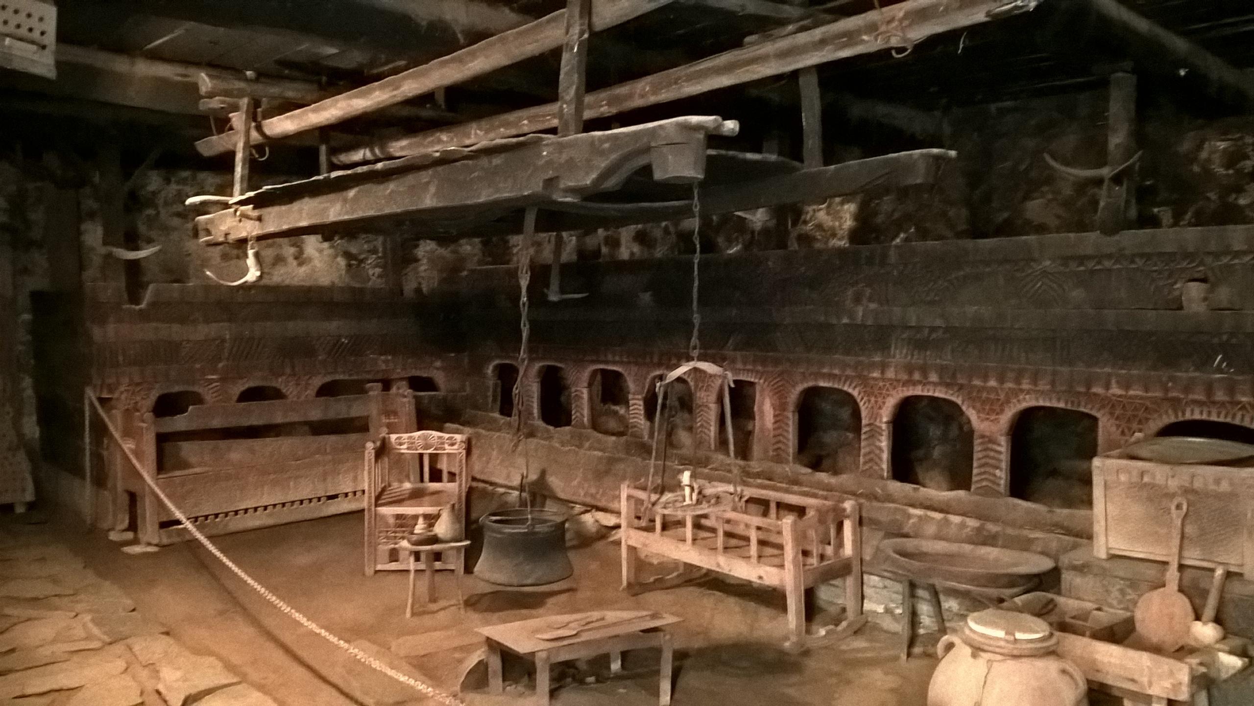 этнографический зал в музее Михаила Хергиани
