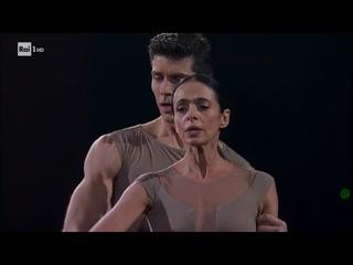 Alessandra Ferri e Roberto Bolle - Danza con me 01/01/2019