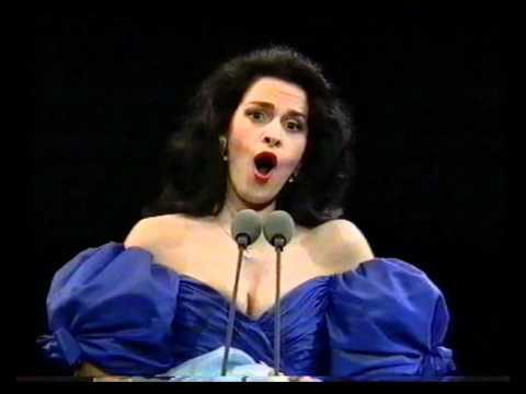 Angela Gheorghiu Le Nozze di Figaro Porgi amor Prague 1994