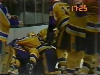 1982 Stanley Cup Playoffs Smythe Division Semi Finals Game 3 Edmonton at Los Angeles