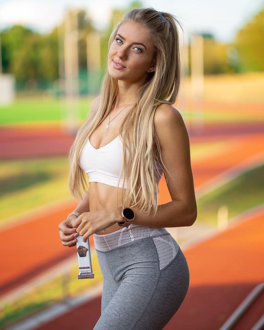 У этой немецкой бегуньи такая идеальная фигура, вот что значит заниматься любимым делом каждый день
