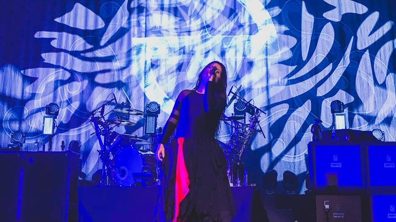 Evanescence Call Me When You're Sober Live at Istanbul 2019