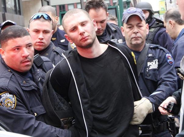 Безумный Макс. Нью-Йорк (США), 11-12 февраля 2011 года. Максим Гельман родился в 1987-м в Украинской ССР, но незалежность застал совсем немного. Его отец эмигрировал в США в 1994-м, а через пару
