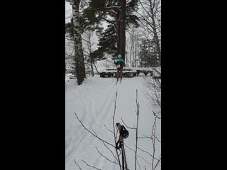 Выходной...и у нас все пучком..!!!И ветер и лыжня на 4 и застряли....Но у нас все пучком..!!!
