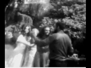 Танцы во дворе (Адлер 1990)