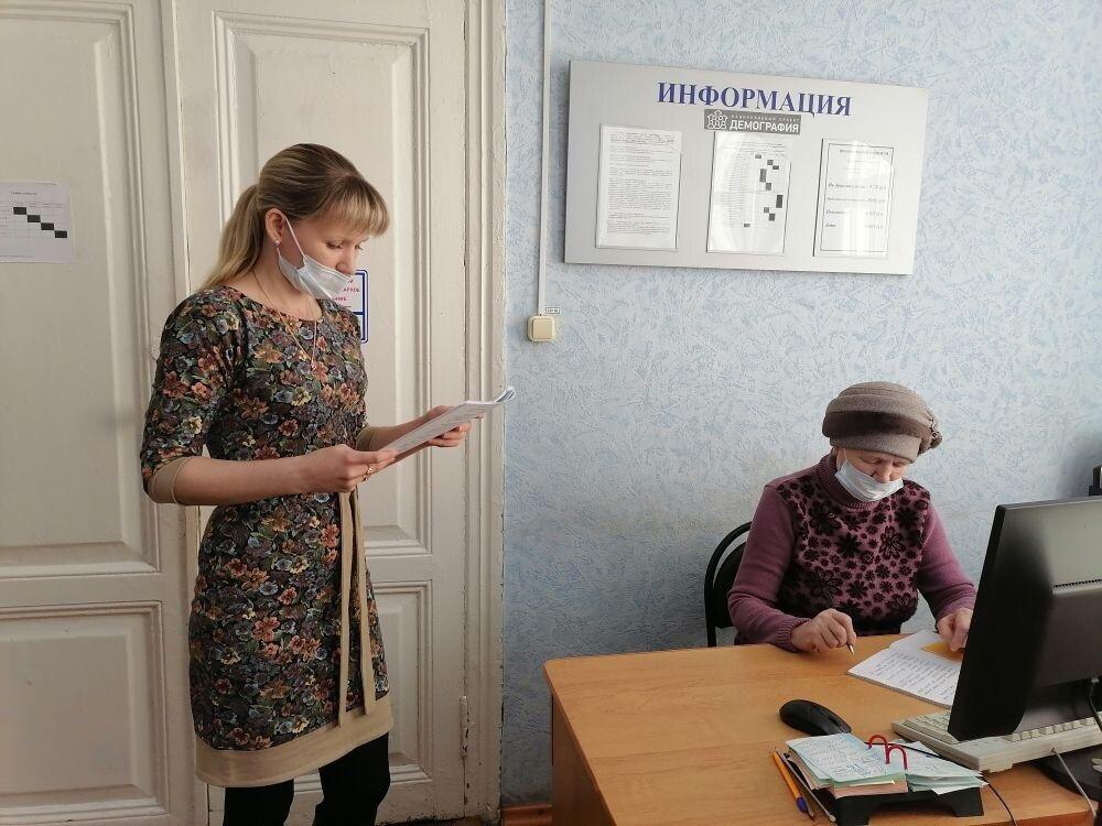 Продолжается обучение основам компьютерной грамотности петровчан старшего возраста