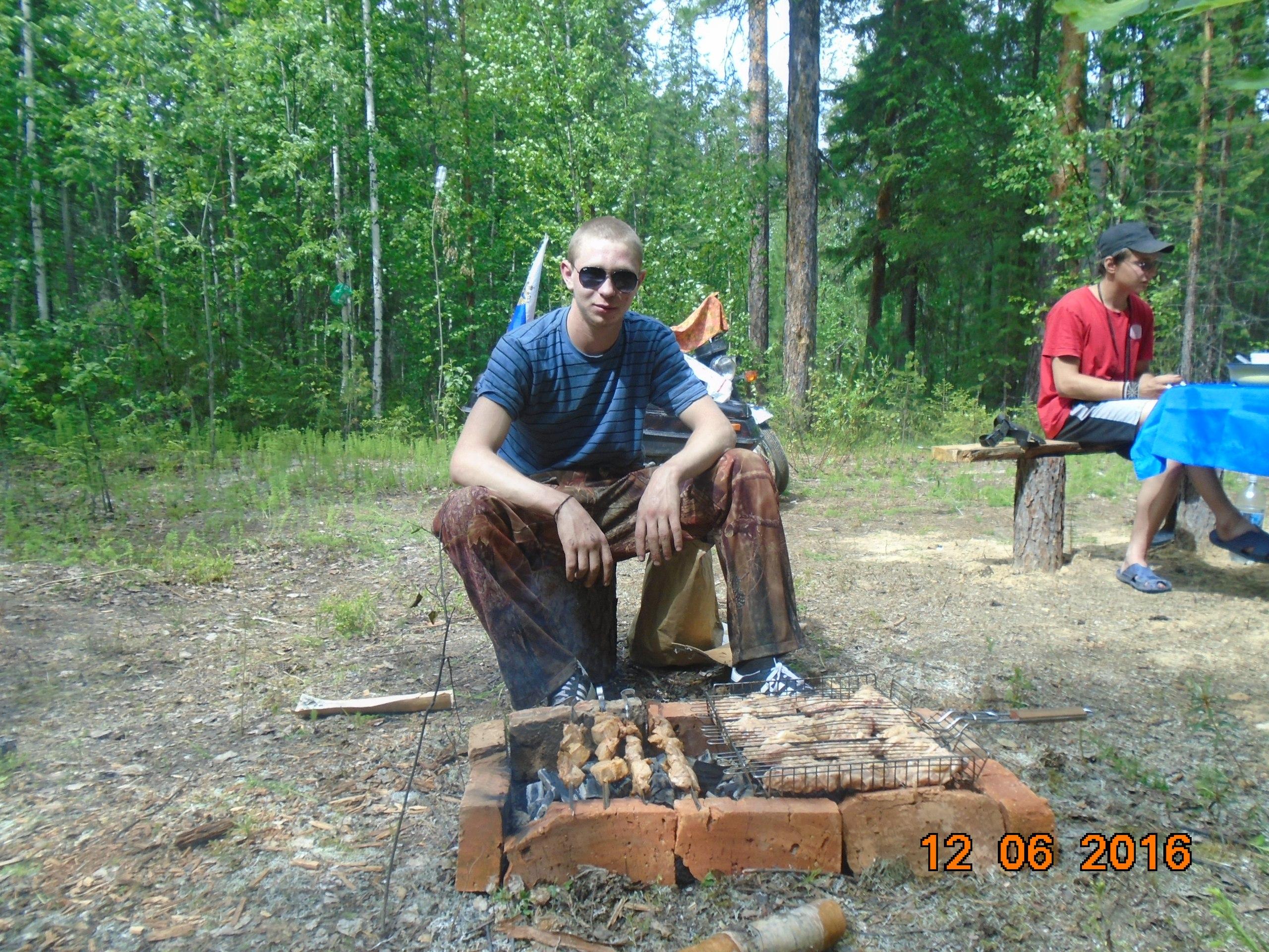 Леонид, 25, Sovetskiy