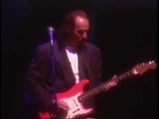 King Crimson - Live in Japan 95 -  03. DINOSAUR