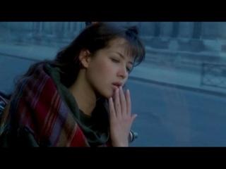 LEtudiante 1988 год. фильм <<Студентка>> в главной роли Софи Марсо. музыка Владимира Косма. поёт песню Каролина Крюгер