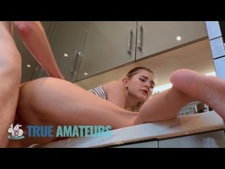 Eva Elfie трахается на кухне с парнем Ева Эльфи brazzers sex porno milf anal инцест HD порно минет сиськи big tits секс bdsm