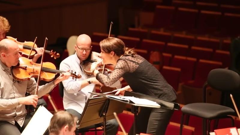 Алондра де ла Парра на репетиции в Париже