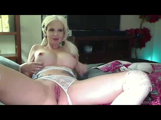 Astrid Star - Super Horny Fun Time [Solo]