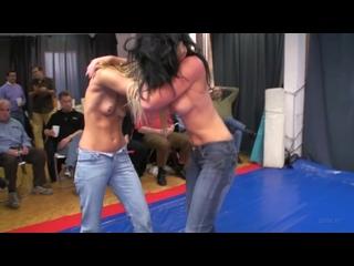 DWW 776 Denise vs Jana N