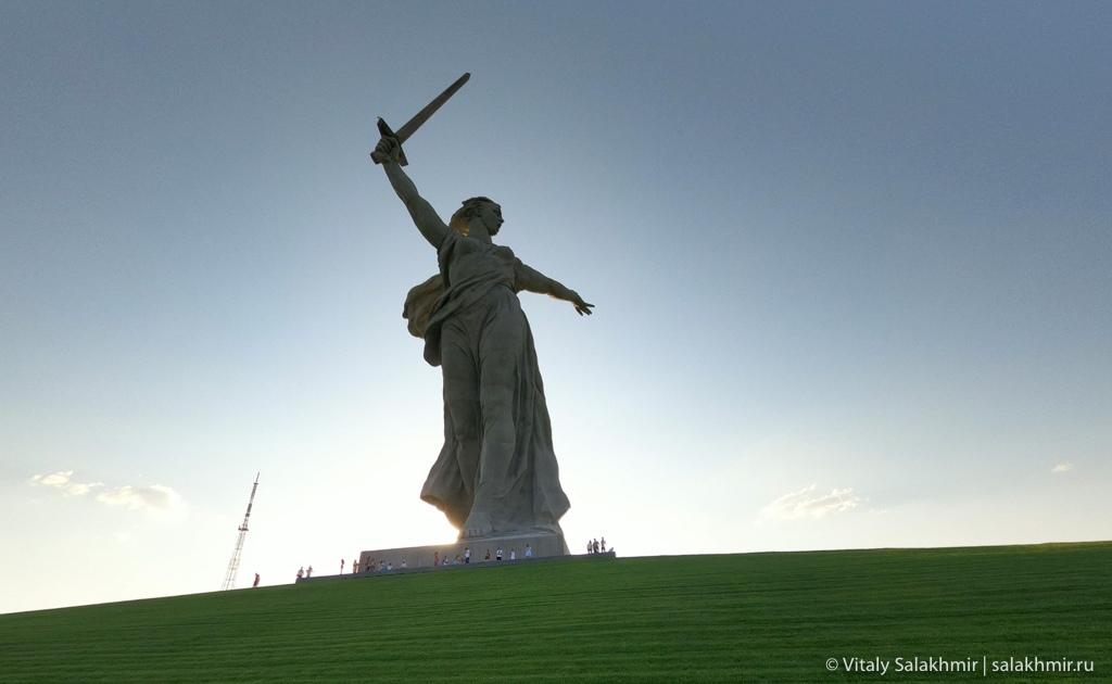 Скульптура Родина-мать зовет, Мамаев курган, Волгоград 2020