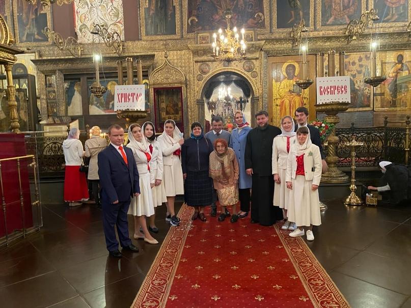 Руководители кинокомпании «Союз Маринс Групп» на Литургии в Успенском соборе Московского Кремля
