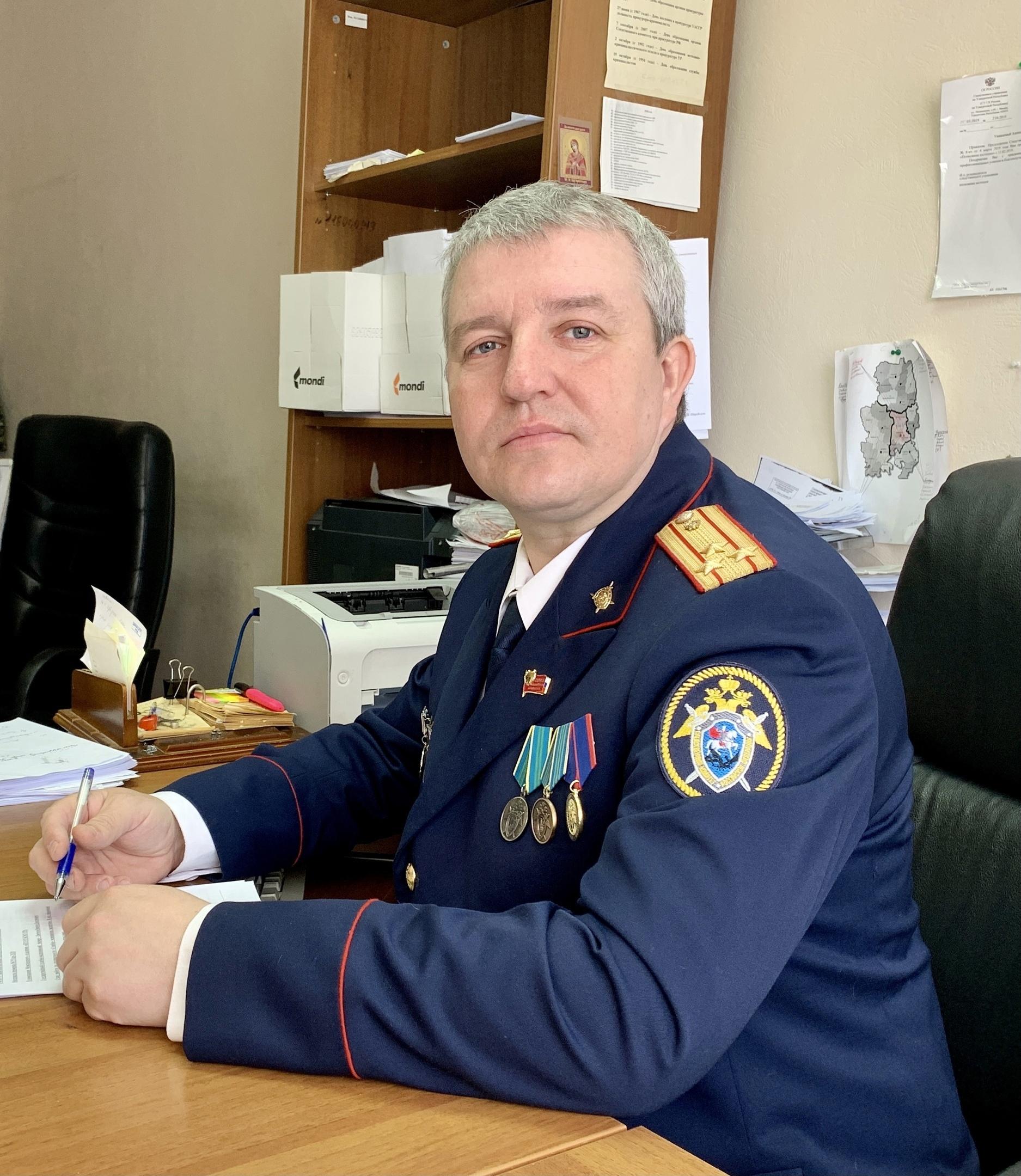 Можгинец Александр Байбородов занесен на Доску почета