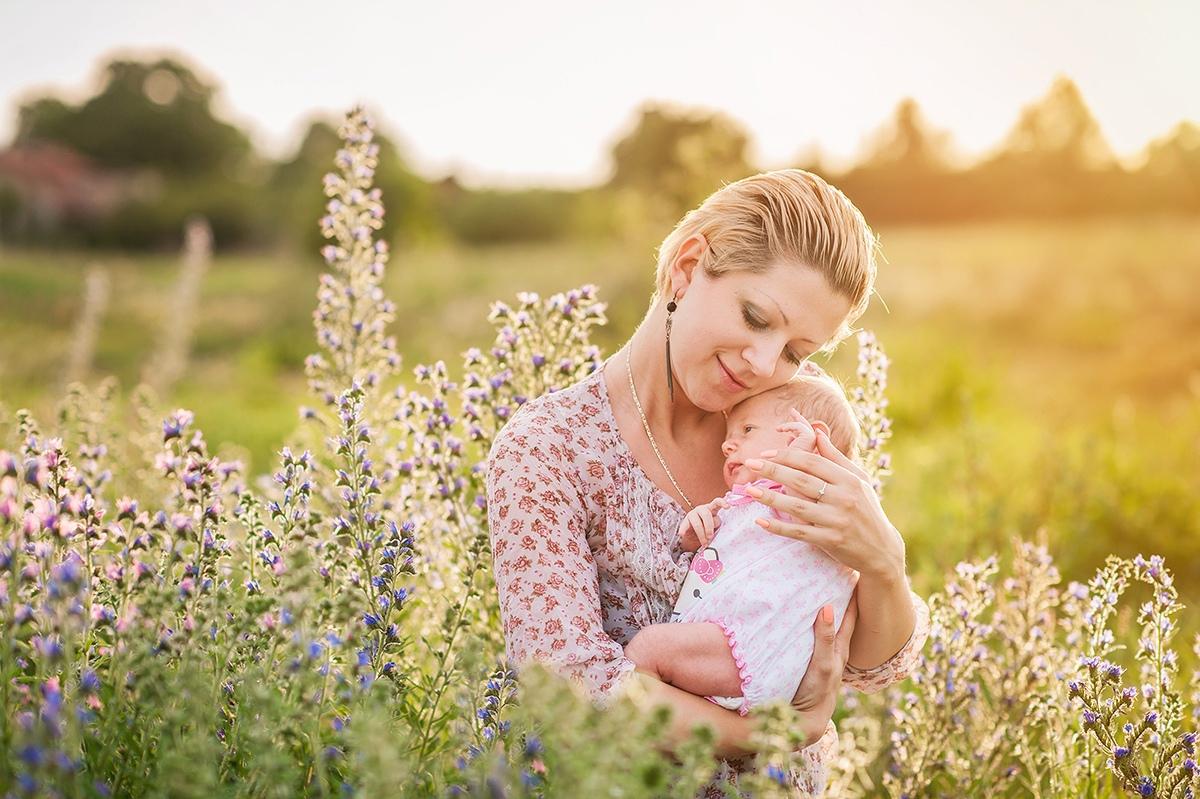 Рождение 10 малышей зарегистрировано в июне