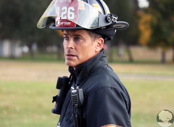 Сериал 911: служба спасения, 2018 год Описание: «9-1-1» драма канала «FOX» расскажет о работе скорой помощи, пожарных и полиции в критических ситуациях. Производством «9-1-1» занимается