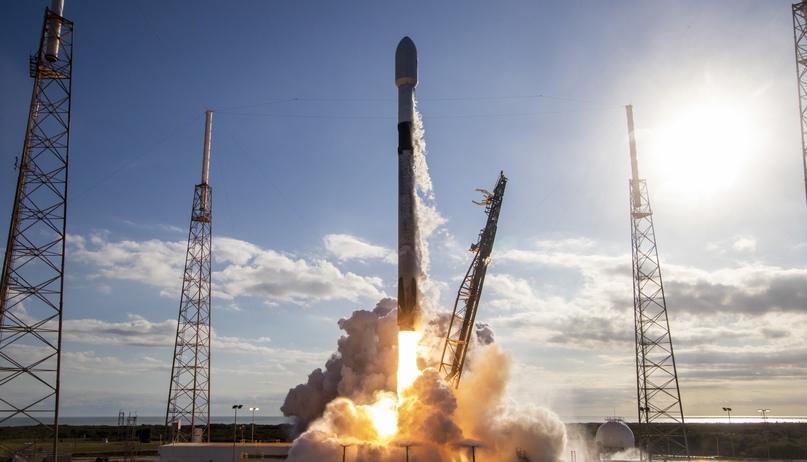 SpaceX в десятый раз запустила и посадила одну и ту же первую ступень Falcon 9