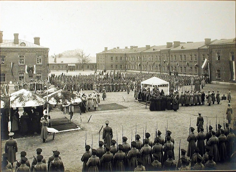22 октября 1913 года. Открытие памятника императору Александру III в Лефортово, Москва.