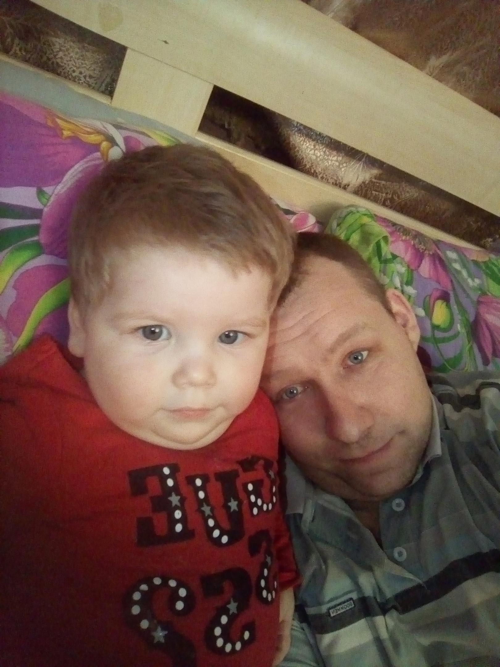 Павел, 31, Shumkovo