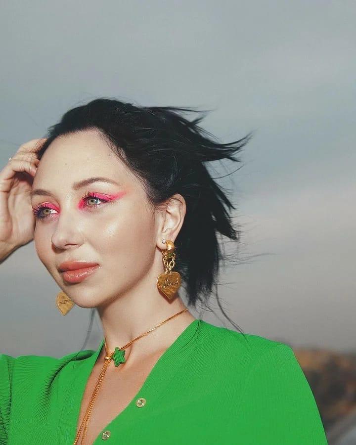 Елизавета Туктамышева снялась в фотосессии для глянцевого