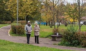 Правительство обеспечило решения Съезда «Единой России»: пенсионерам начали перечислять единовременные выплаты.
