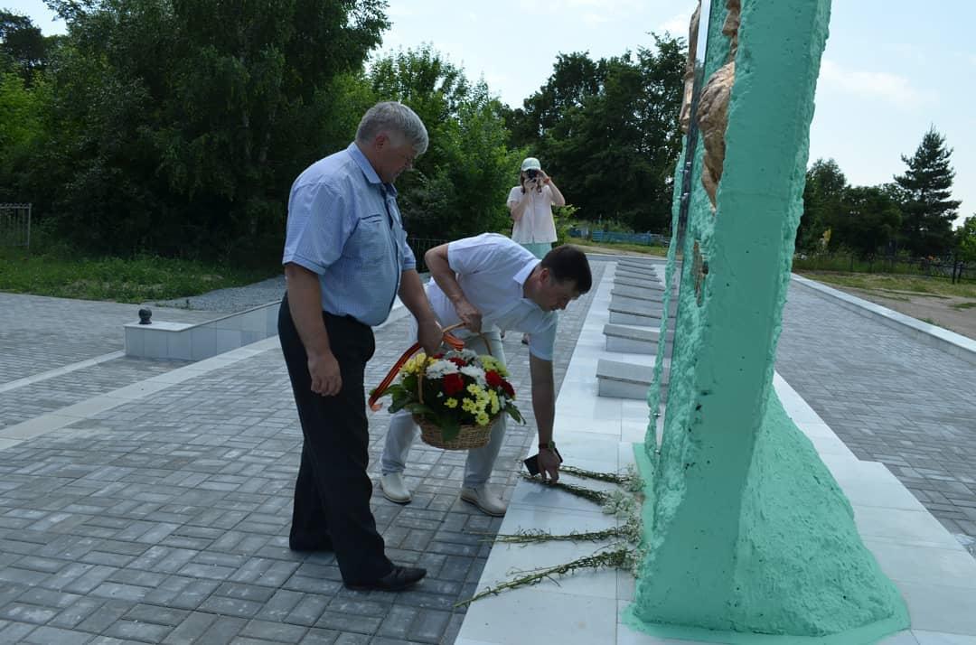 Петровчане почтили память воинов, умерших от ран в госпиталях города в годы Великой Отечественной войны
